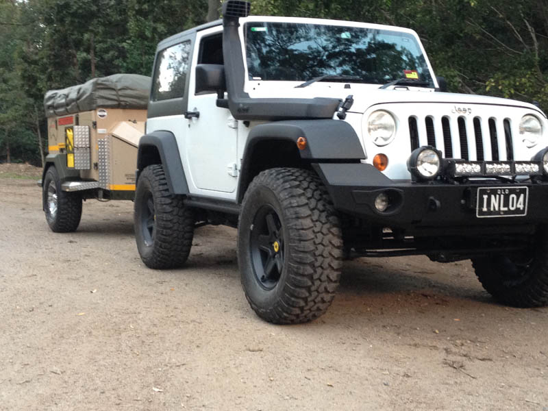 JK-Wrangler-Air-Suspension-Jeep-Airbag-Man.jpg